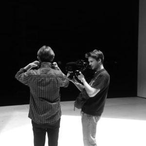 «Durant toute cette semaine, et les précédentes, nous avons été filmé.e.s par Rémi. Il créé nos portraits et un documentaire qui retranscrirera toute cette année !» © Charlotte Vuagnat